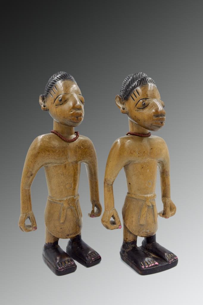Statuettes Nago